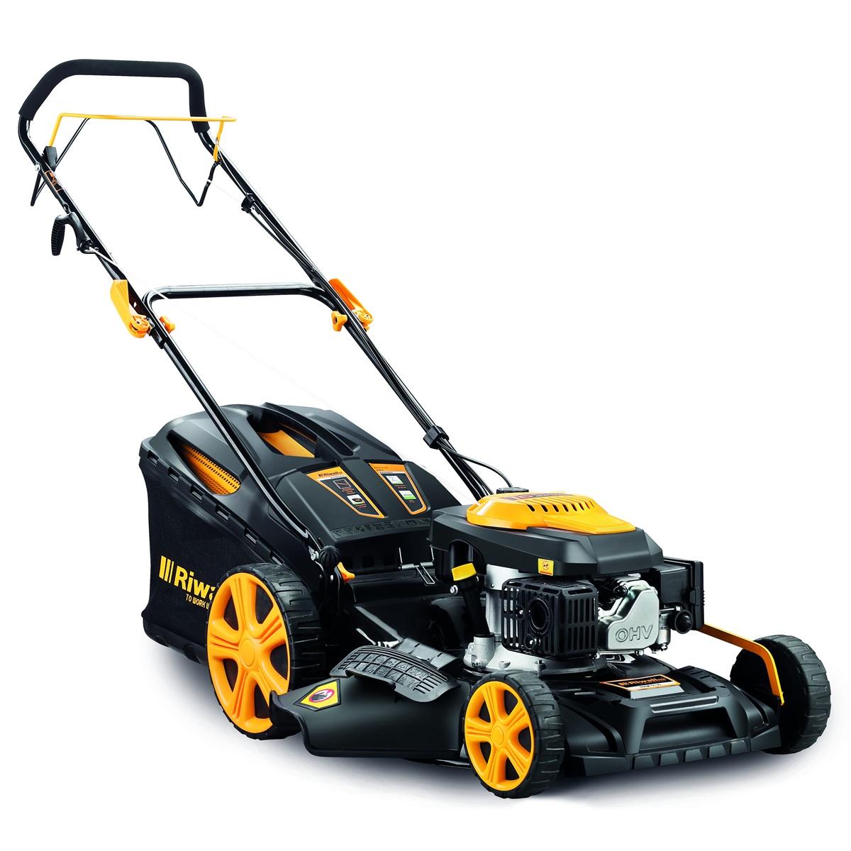 Riwall PRO RPM 5135, multifunkčna trávna kosačka 4 v 1 s benzínovým motorom a pojazdom