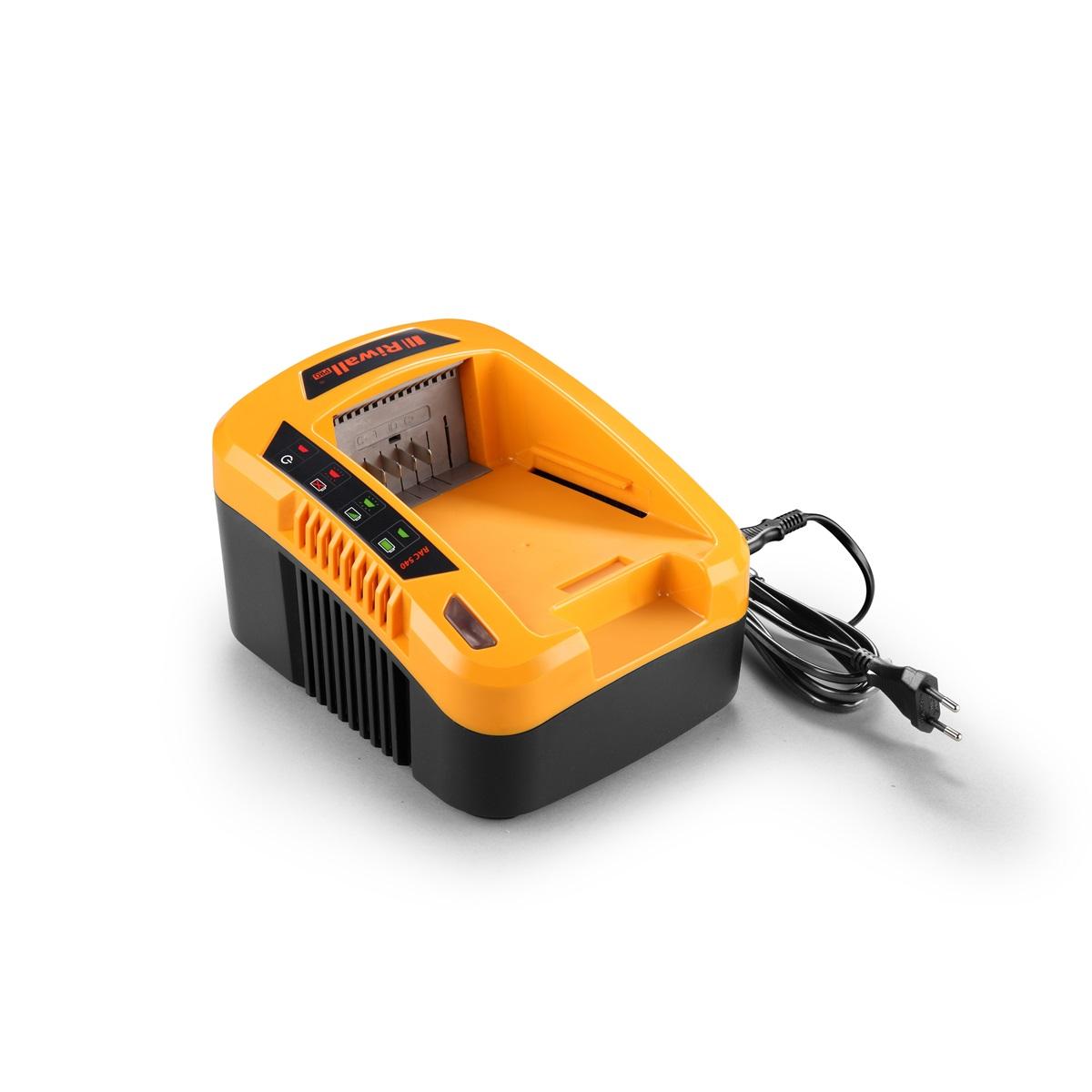 Riwall PRO RAC 540, nabíjačka 40 V (rychlá)