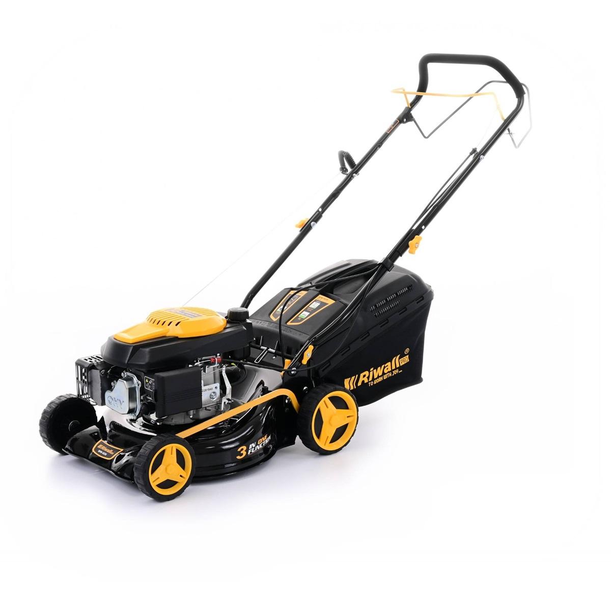 Riwall PRO RPM 4235, multifunkčna trávna kosačka 3 v 1 s benzínovým motorom a pojazdom
